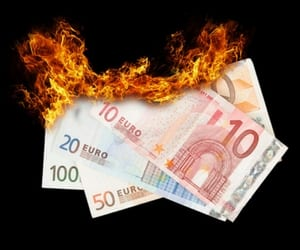 Report: Capital efficiency in a volatile market: Stop burning capital (Deloitte)